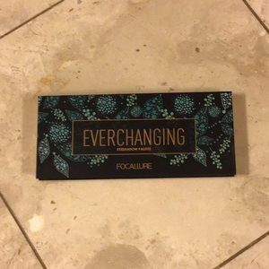 Focallure eyeshadow palette Everchanging